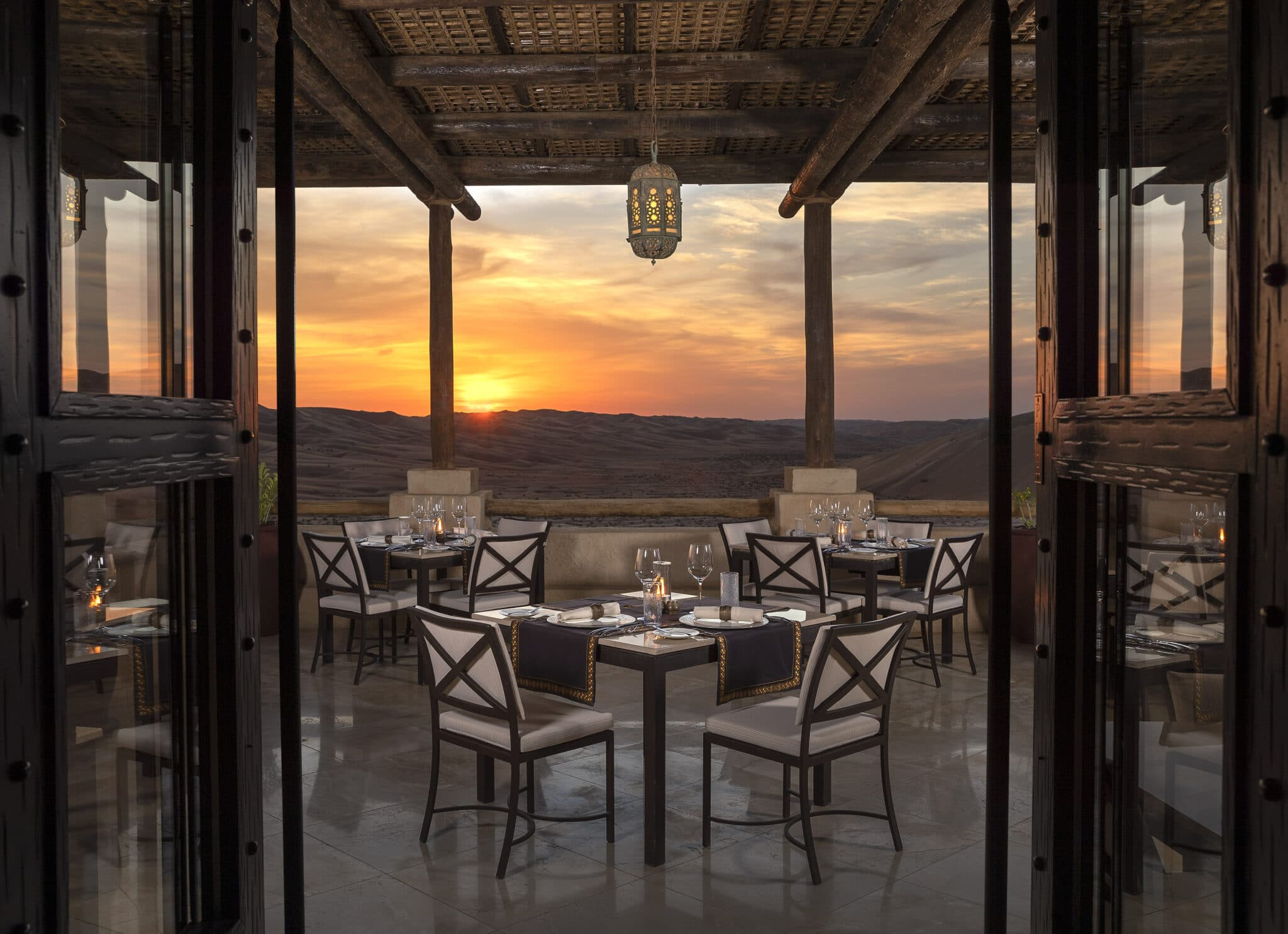 carrousel 11 Qasr_Al_Sarab_Desert_Resort_by_Anantara_Restaurants_Suhail_Outdoor_Terrace_Sunset