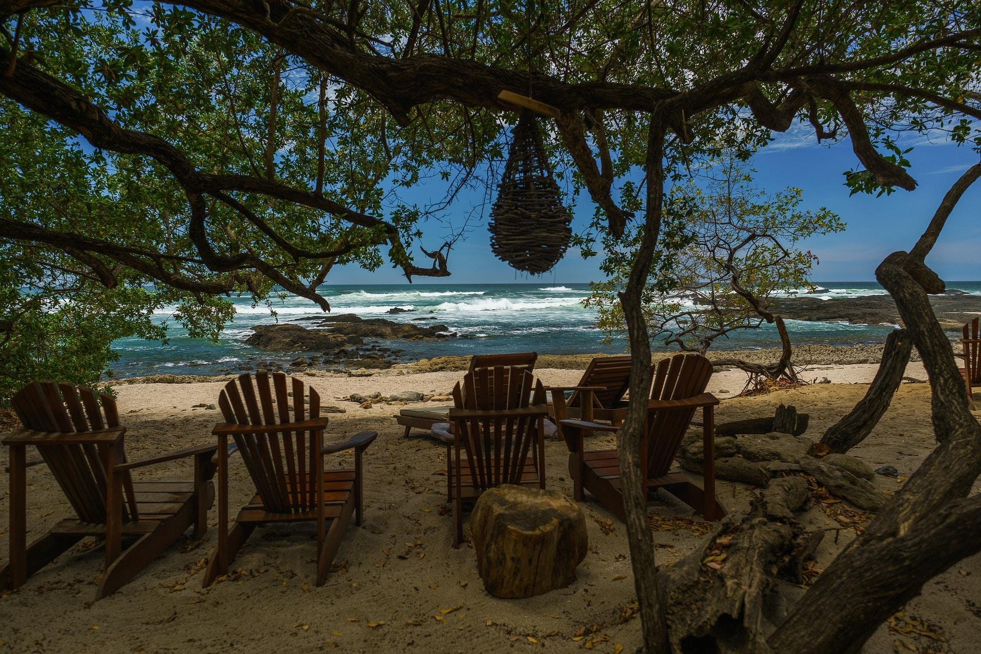 beach-2355765_1920